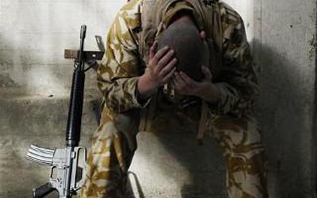 Risultati immagini per suicidio militare